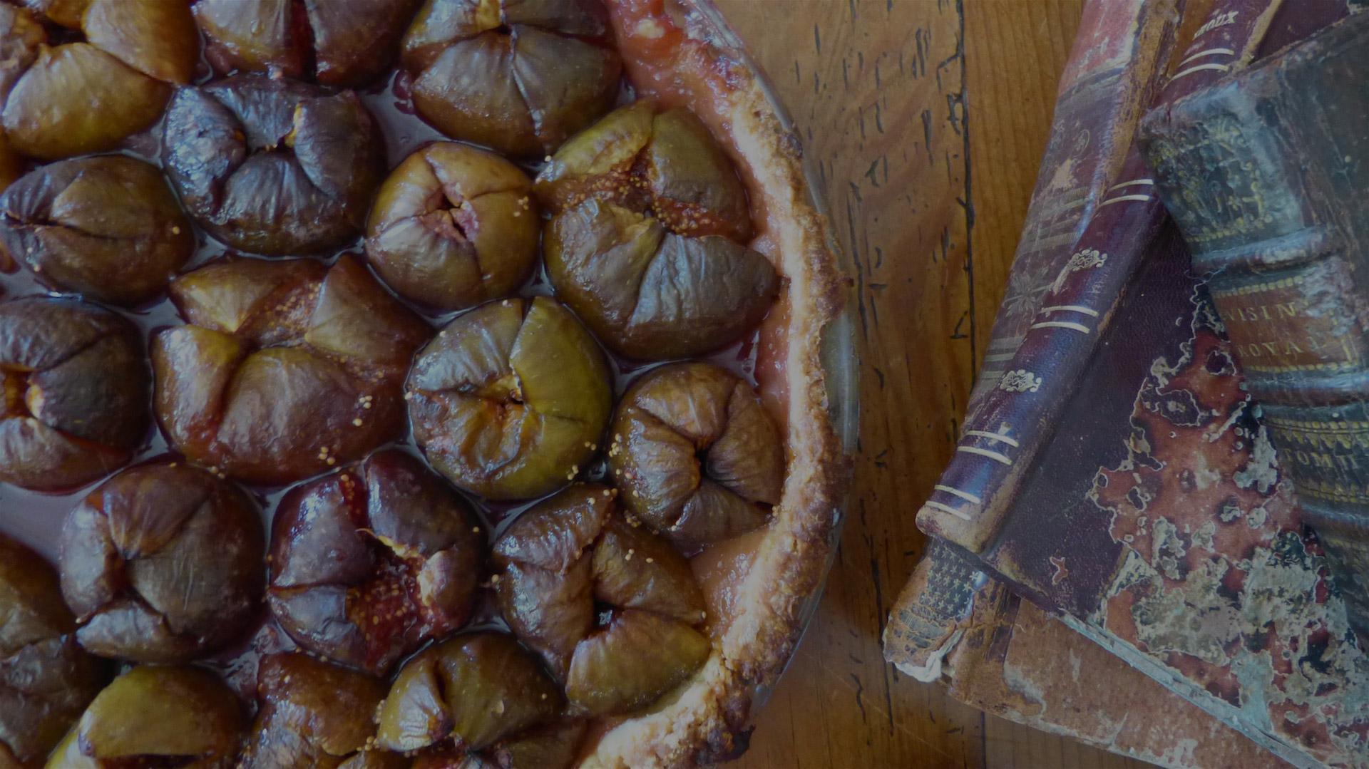 Tarte-figues-vieux-livres-les-causeries-culinaires-recettes-ancetres-boutique-cours-cuisine-histoire