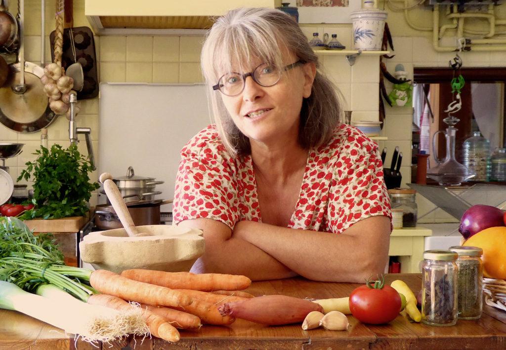 Sylvie-Campech-animatrice-formatrice-les-causeries-culinaires-recettes-ancetres-boutique-cours-cuisine-histoire