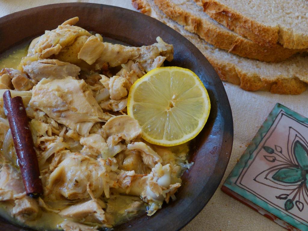Plat-medieval-limoniera-poulet-amandes-citron-les-causeries-culinaires-recettes-ancetres-boutique-cours-cuisine-histoire