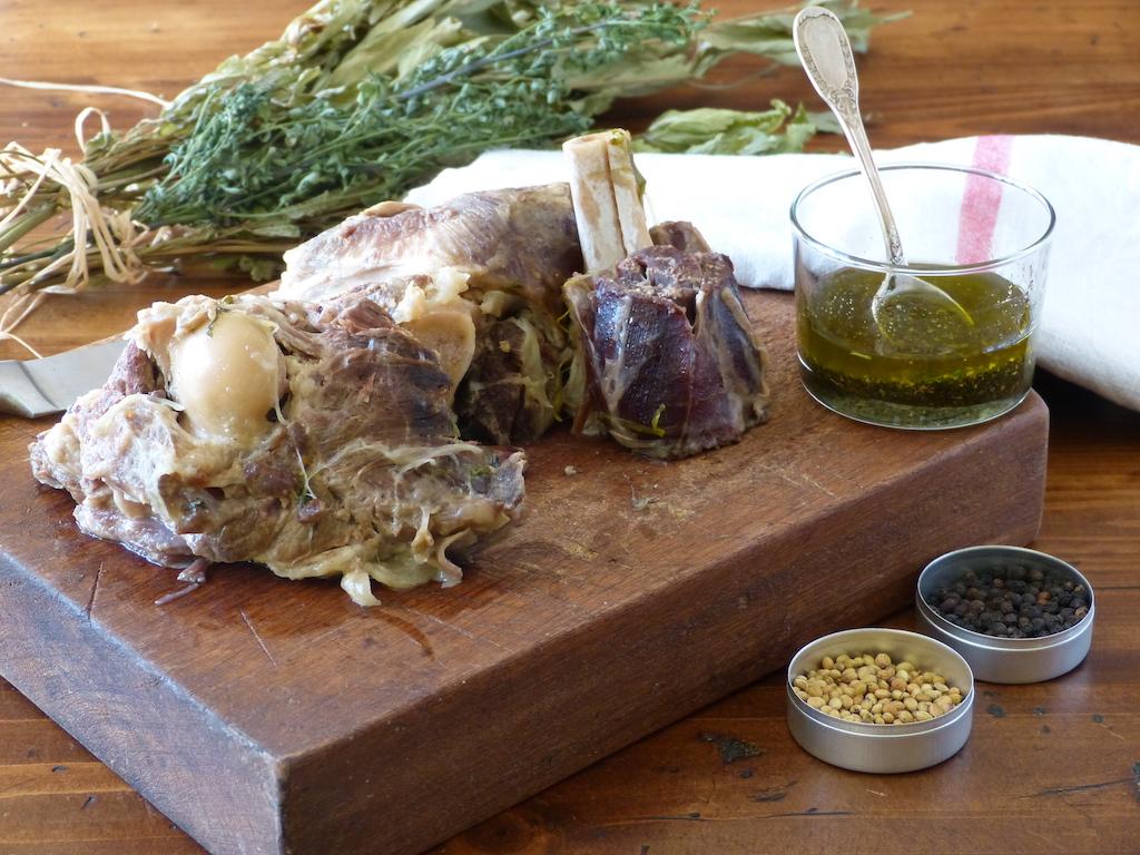 Sauce-froide-antiquité-les-causeries-culinaires-recette-fait-maison-boutique-saveur-histoire