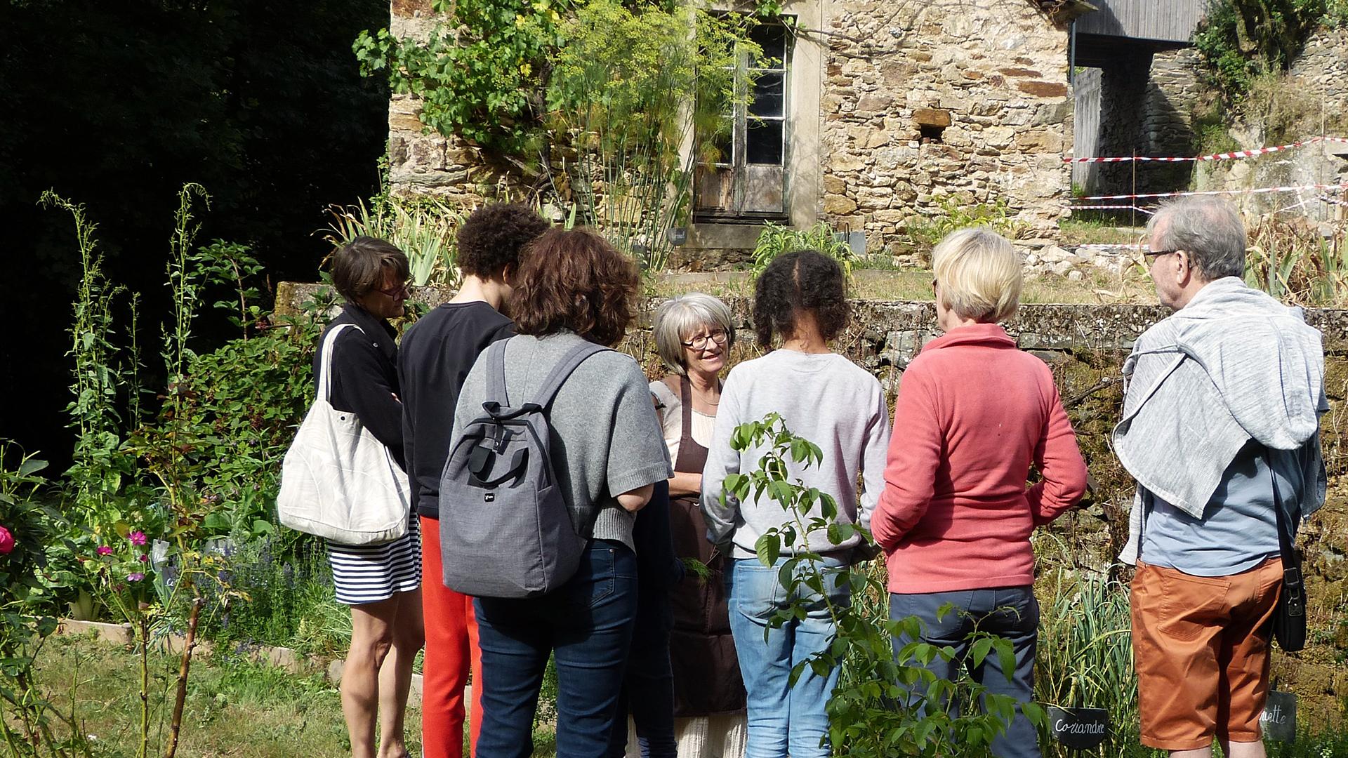 jardin-des-saveurs-villeneuve-sur-tarn-sylvie-campech-les-causeries-culinaires-plantes-aromatiques-1